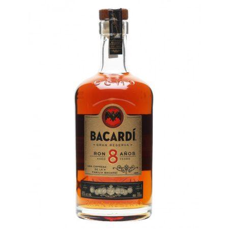 Bacardi 8 éves Rum                  0.70